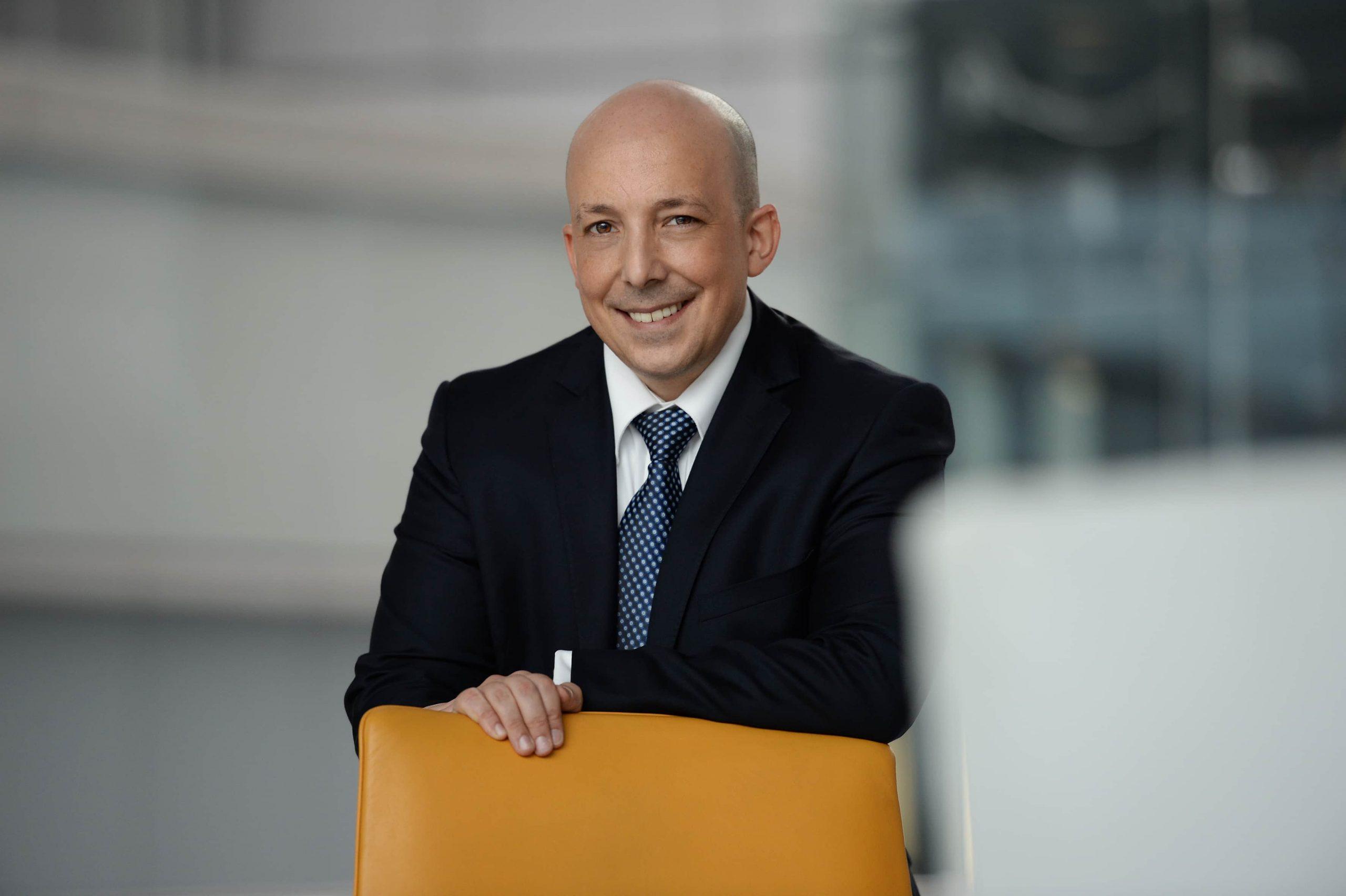 Interview mit Prof. Dr. Veit Etzold auf nspireothers.com